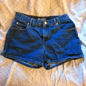 size 5 mid-waist Tractr shorts
